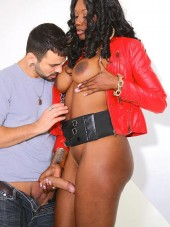 Nyomi Banxxx with charming big ass from Round and Brown