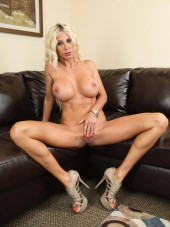 Puma Swede extreme at CherryPimps